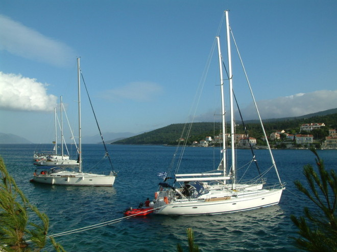 FLEUTH-SAILING Yachtcharter International - Fiskardo